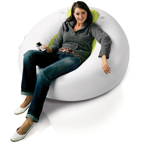 Inflatable-Lounger-With-Built-In-Speakers