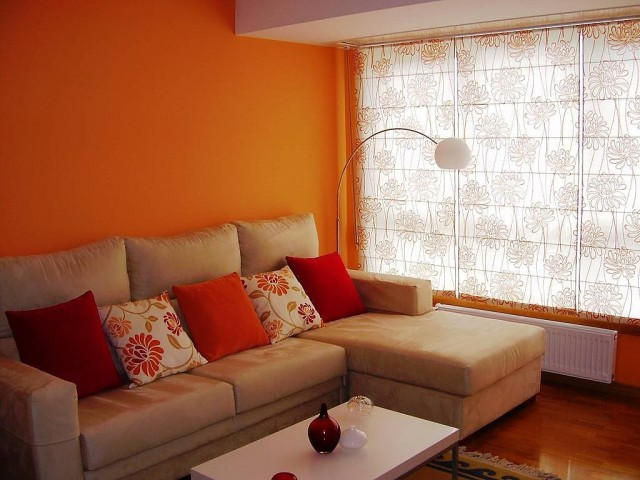 Naranja para decorar tu sala y renovarla totalmente for Colores para living 2016